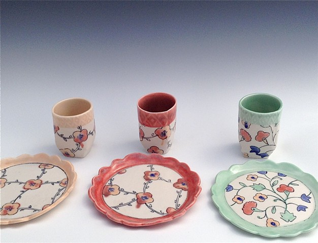 Blom Tea Tumblers and Dessert Plates