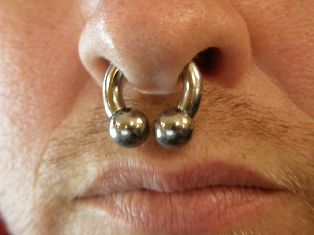 8 gauge Septum Piercing
