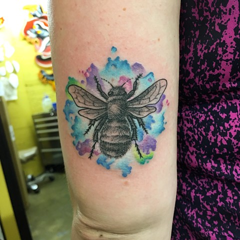bee tattoo, watercolor tattoo