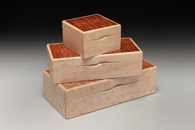 Chris Kamm Glarner Design hinged, inlaid wood decorative boxes