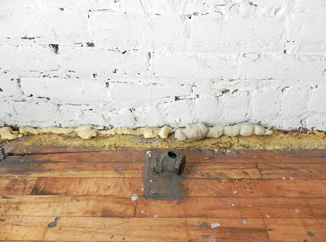 (Detail) Insulating Spray Foam: Product #64-2538-8 #1