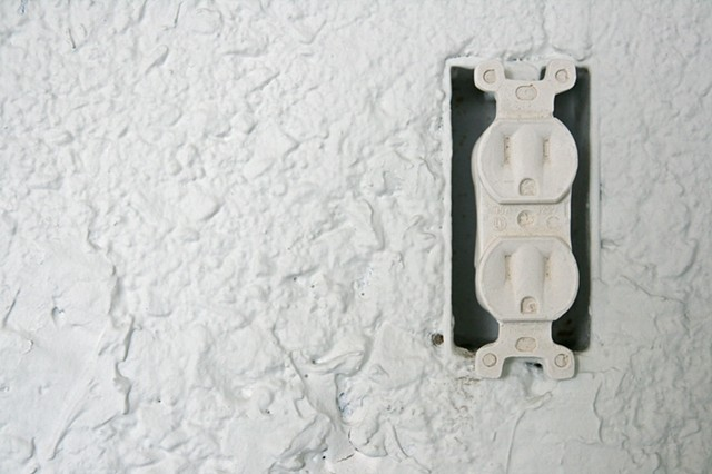 (Detail) Electrical Outlet