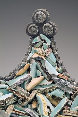 rubble crown - detail