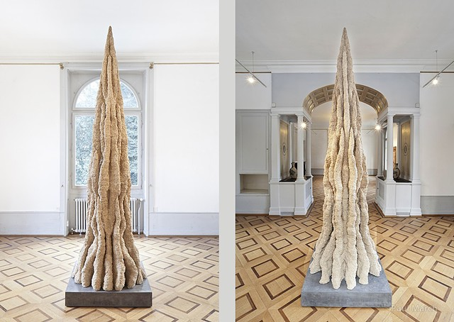 Clay sculpture by artist Paul March entitled Extended Phenotype 4  resembling a 3 meter high termites nest