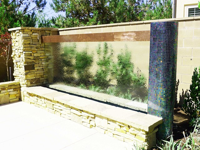 12' glass waterwall