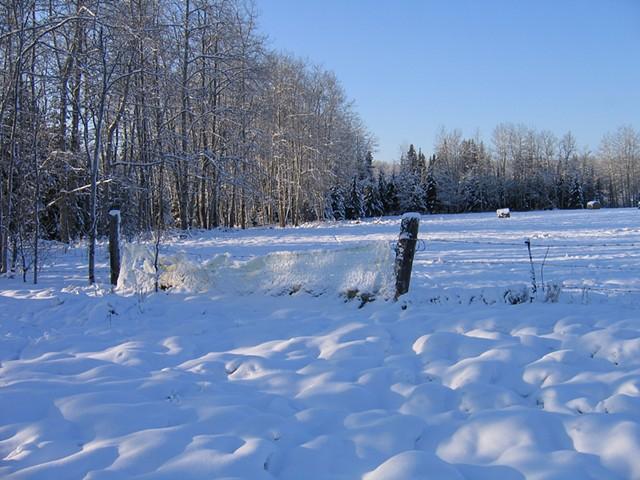 hot glue fence section in Demmitt, Alberta