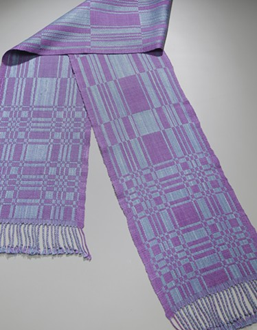 Handwoven scarf in traditional pattern