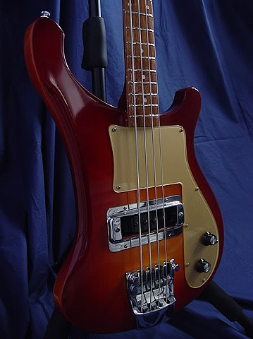 Rickenbacker Amber Fireglo 4000S--Front--Reflections