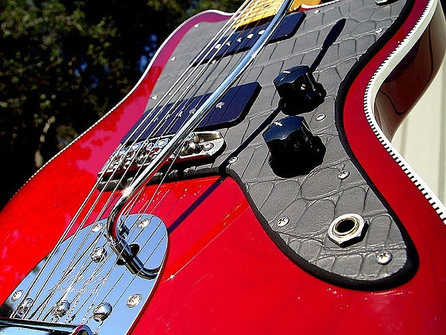 TRANSPARENT RED BURST BOUND JAZZMASTER