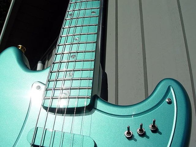 Fender Custom Long Scale Duo-Sonic with Active Electronics--Sun Shines on Finish