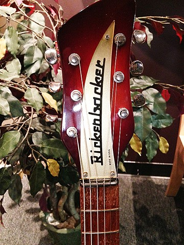 Rickenbacker 325 Autumnglo Guitar--Detail of Headstock