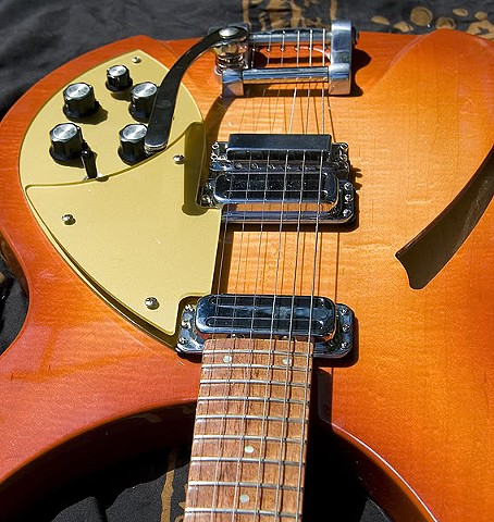 Rickenbacker 330 in Orange PopSicle Burst--Close Up of Top