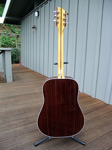 Rosewood Body, Maple Neck