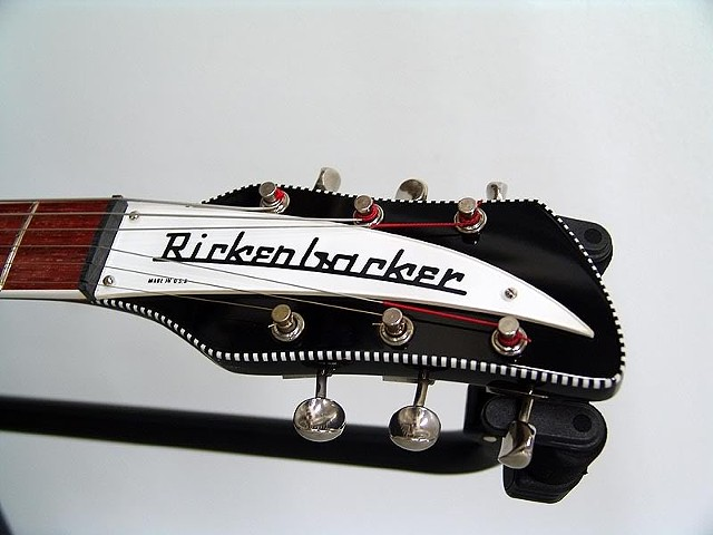 Rickenbacker 360F in Jet-Bound Headstock in Checkerboard