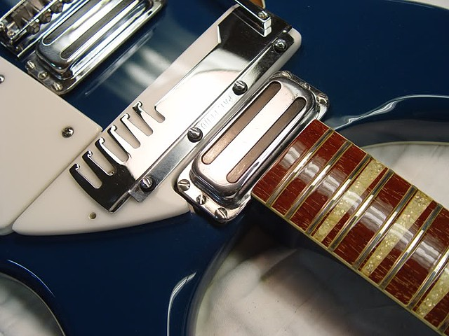 Rickenbacker 1968 366/12 Restoration--Comb Detail