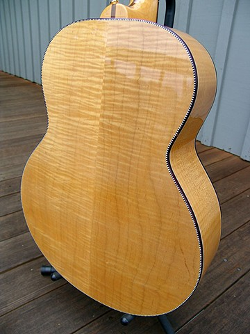 Rickenbacker Acoustic--700C/6 Mapleglo--Detail of AAAAA Figured Maple Back