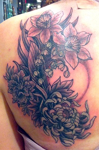 black and gray flower tattoo chrysanthemum daffodil lily of the valley by Sadie Kennedy, Rose Golds Tattoo, San Francisco