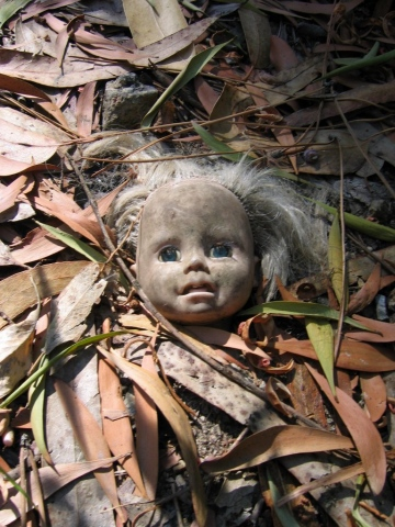Doll In The Woods 1, Portugal