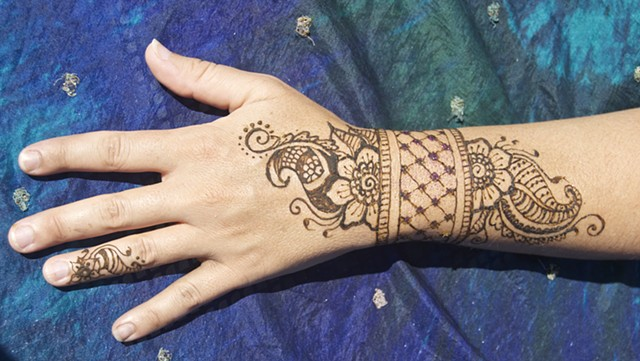 Henna wrist and hand- Floral band
