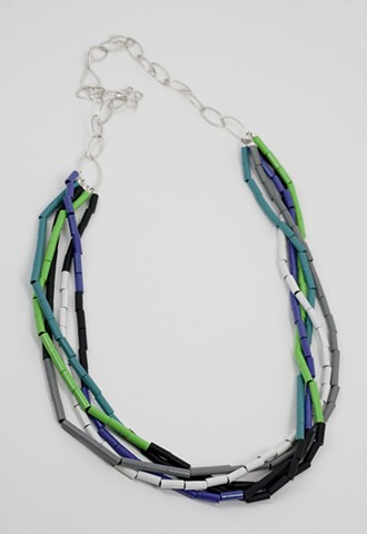Twist Color Neckpiece