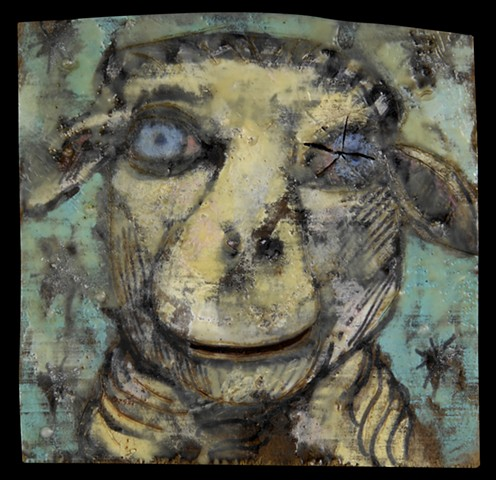 Confronting image of a sheep.