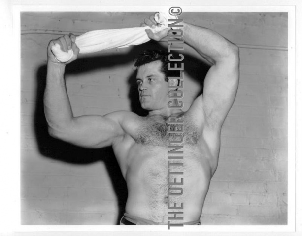BILL MELBY HAIRYCHEST PHYSIQUE WRESTLER