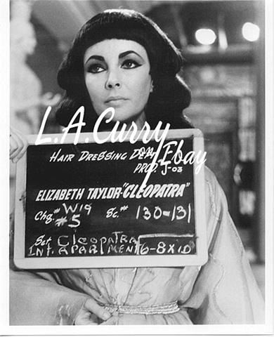 ELIZABETH TAYLOR CLEOPATRA COSTUME  TEST  ROME 1962