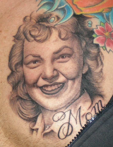 Ron Meyers - closeup of Memorial tattoo for clients Mom