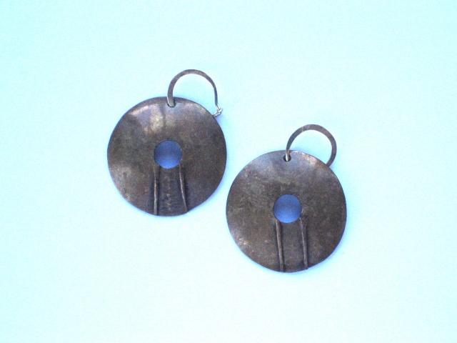Round Earrings