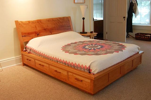 Tom svec furniture design cherry platform bed with for Divan 3 4 bed