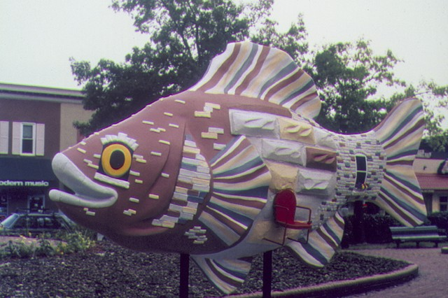Formstone Roehouse Fish, Kristine Aono, Baltimore, Fish Out of Water, Formstone, Rowhouse, sculpture