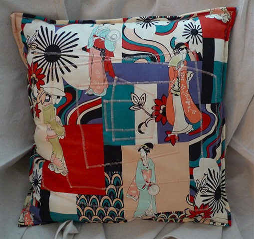 (Time Travel Pillows) PeachThread, Large