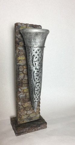 Celtic Wine Horn with Stand