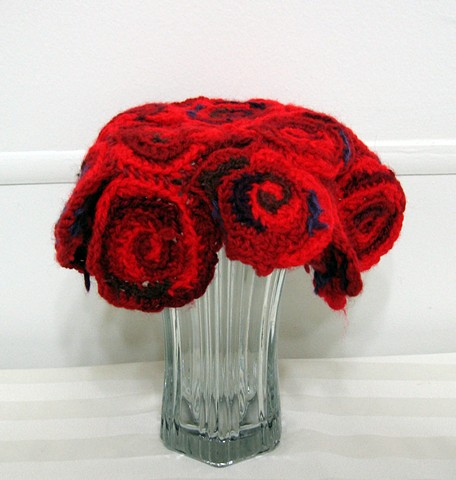 Rose vase cozy crochet vase cover yarn fiber art by Pat Ahern.