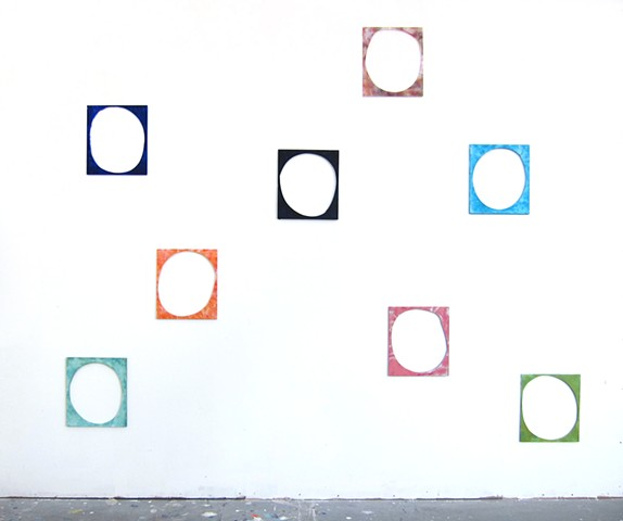 Circle Frames, Installation