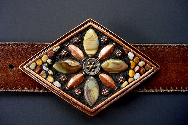 One of a kind belt buckle with a vintage button, Imperial Jasper, copper, agate.