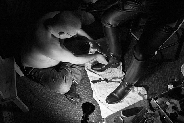 bootblacking, Male Box Lounge, 4-21-12