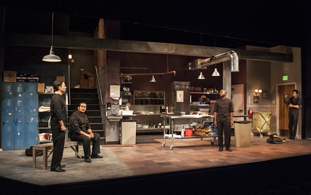 My Mañana Comes by Elizabeth Irwin, Marin Theatre Company, Directed by Kirsten Brandt, Scenic Design by Sean Fanning