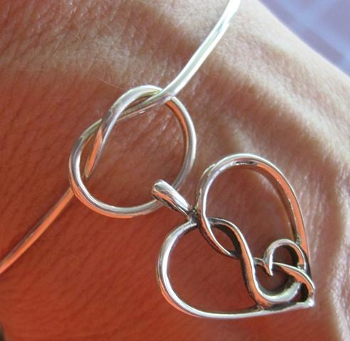 handmade love knot bracelet