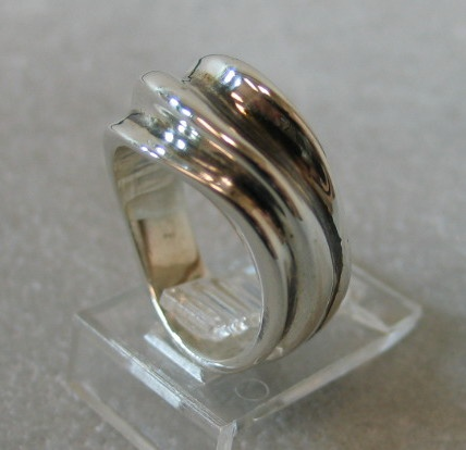 Sand Dune Ring designed by Nancy Denmark