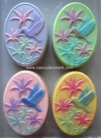 COLORED HUMMINGBIRD BARS