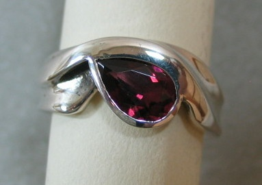 RHODOLITE GARNET IN STERLING VIEW 2