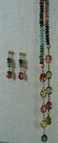 TOURMALINE LARIAT SET CLOSE UP