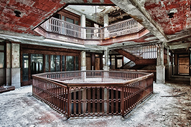urban decay photography urbex beautiful deconstruction office building detroit