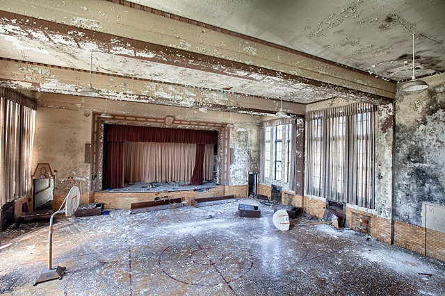 urban decay photography urbex beautiful deconstruction school chicago