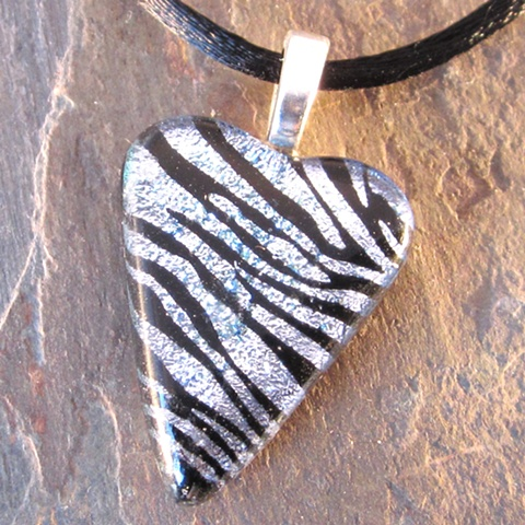 zebra dichroic fused glass heart pendant