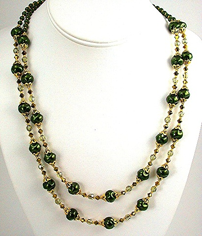 Green Swirl Pearls and Gold Accents