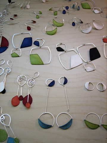 Custom Design Paper Jewelry by Tia Kramer