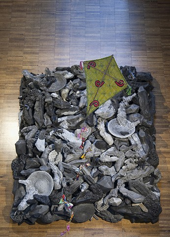 Heap, installed at The Weston Art Gallery, Cincinnati, Photo by Tony Walsh.  Shown with Yinka Shonibare's Kite sculpture.