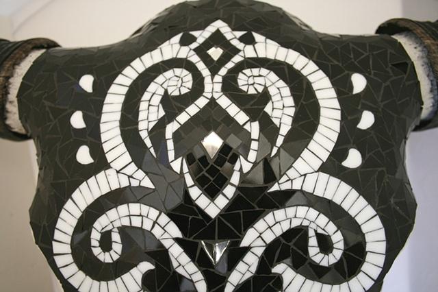 Black & White Skull, detail